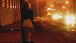 Прикрепленное изображение: 111214133340_prostitute_304x171_bbc_nocredit.jpg