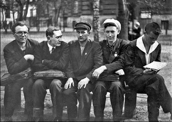 История СССР из семейных альбомов 30-е - 50-е годы